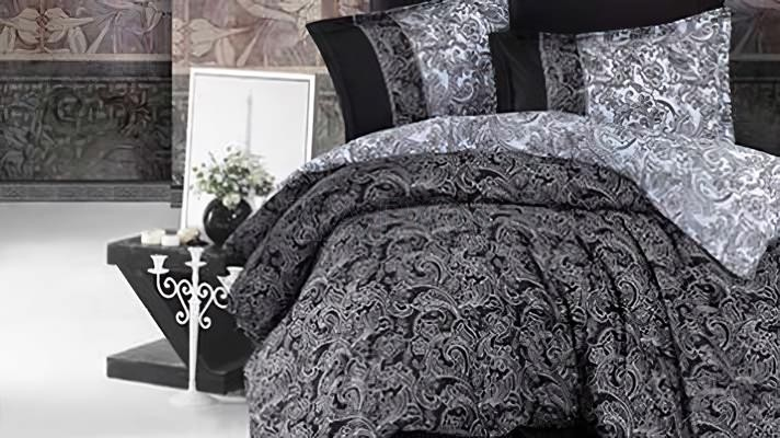 Lenjerie pat 2 persoane BUMBAC SATINAT - 4 piese - Negru, model in degrade cu imprimeu abstract
