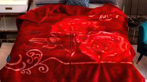 Patura 2 persoane COCOLINO - Rosu, model linii ondulate si trandafiri
