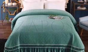 Cuvertura pat dublu CATIFEA PLUSATA - Verde, culoare uni cu volan in partea de jos-1
