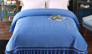 Cuvertura pat dublu CATIFEA PLUSATA - Albastru, culoare uni cu volan in partea de jos