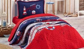 Cuvertura pat 1 persoana BUMBAC RANFORCE - 2 piese - Rosu, model elemente viata de marinar cu accente de alb si albastru