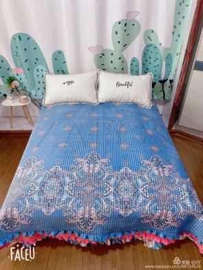 Cuvertura pat dublu CATIFEA PLUSATA - Albastru, model oriental minimalist
